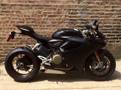 Ducati New 2014 Ducati Superbike 1199 Panigale RED COLOR